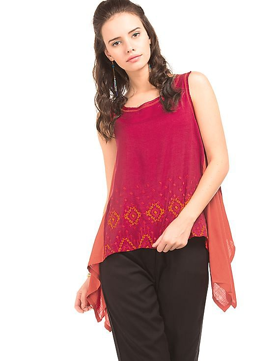 Flat 50% off Global Desi - Women By Nnnow | GLOBAL DESI Panelled Asymmetric Hem Top @ Rs.850
