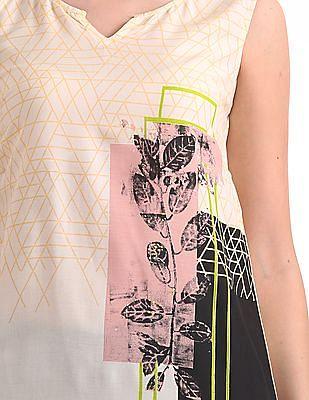 Karigari Sleeveless Printed Kurta