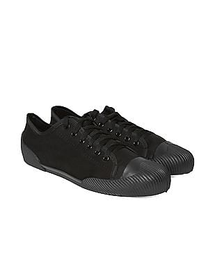 Colt Textured Round Toe Canvas Sneakers