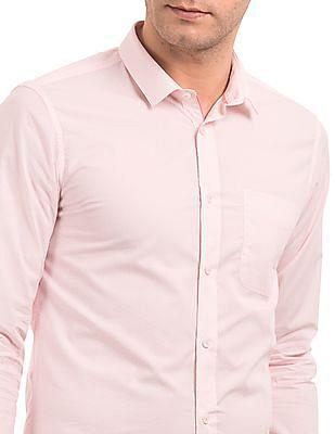 USPA Tailored Slim Fit Printed Shirt