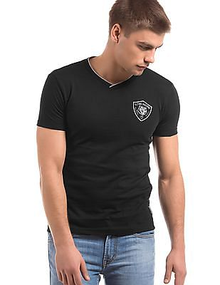 Flying Machine Regular Fit V-Neck T-Shirt