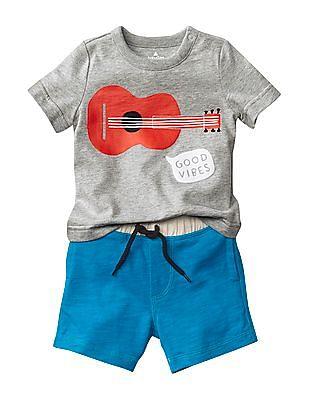 GAP Baby Statement Graphic Body Double