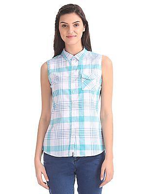 Cherokee Spread Collar Sleeveless Shirt