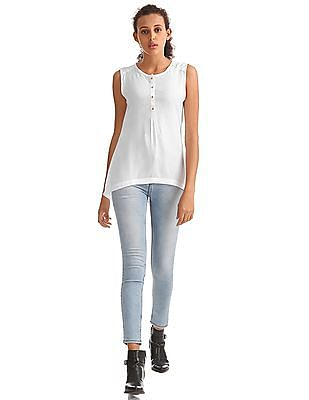 Elle Solid Sleeveless Top