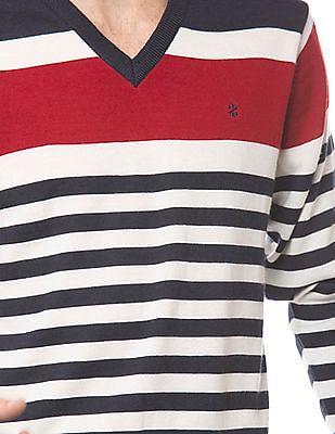 Izod Slim Fit V-Neck Striped Sweater