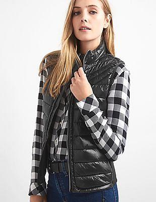 GAP Women Black Cold Control Lite Puffer Vest